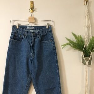 Vintage Jeans - High Waisted Jeans